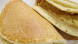 カスタードサンドでワッフルっぽいホットケーキをお手軽に作ってみよう
